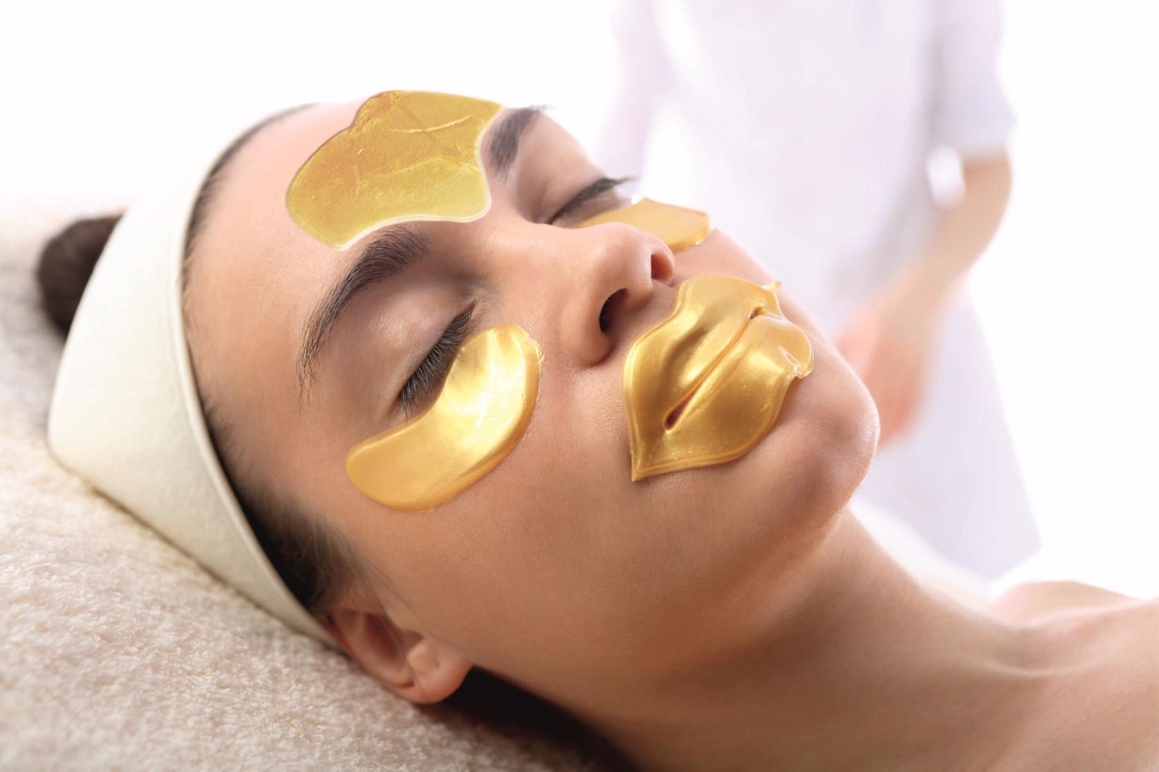 Golden mask (collagen) - Hotel NEMO, Photo № 3