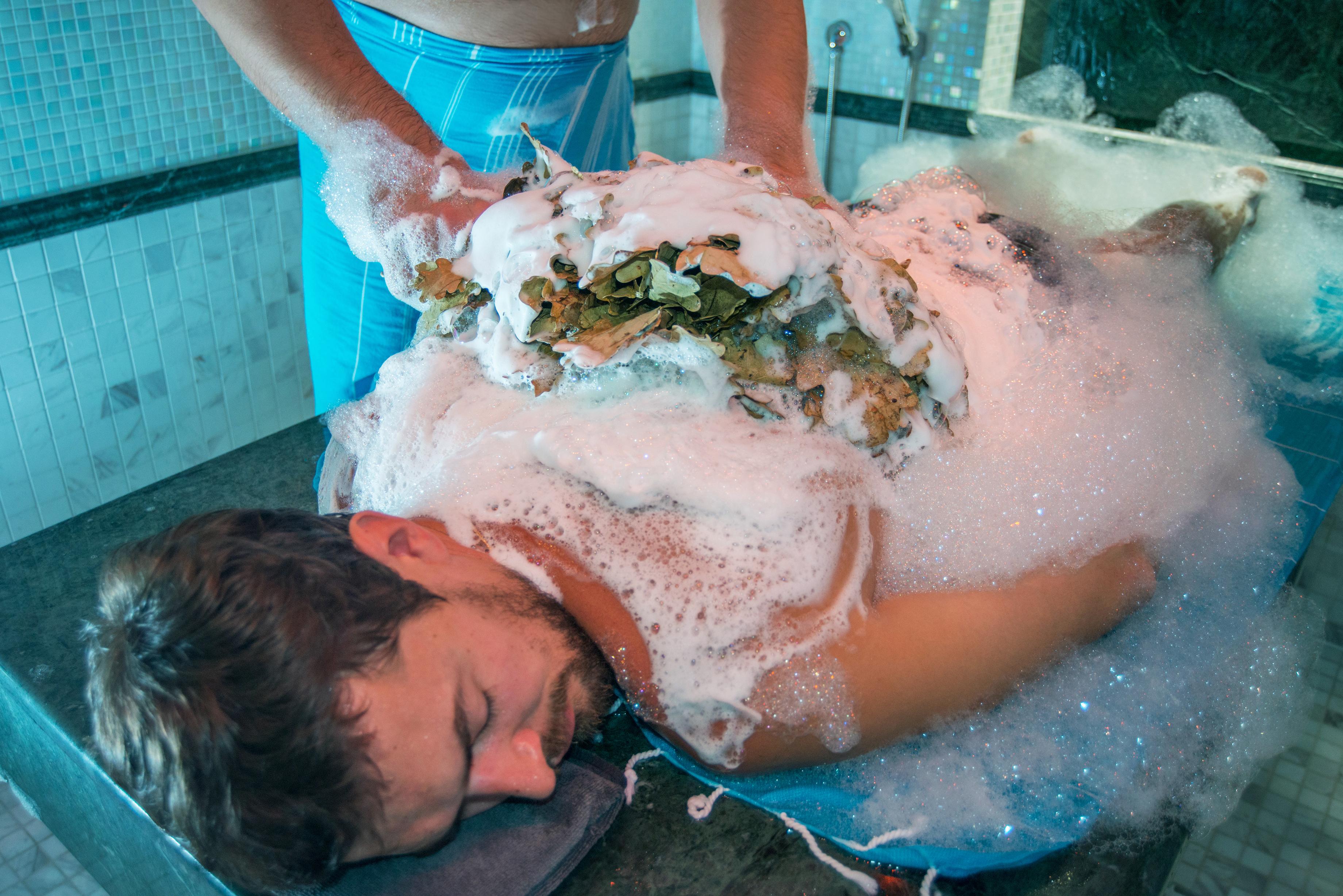 Soap foam rubbing with birch besoms - Hotel NEMO, Foto № 9