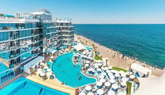 Five-star hotel NEMO on the beach in Odessa
